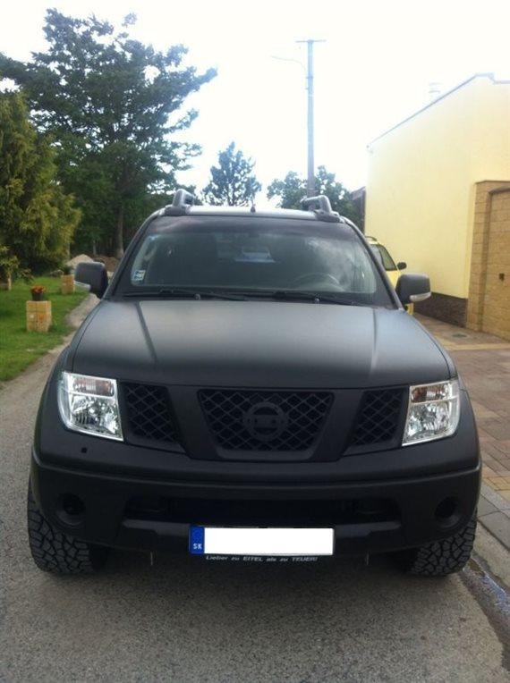 polep 3M Nissan NAVARA black matte